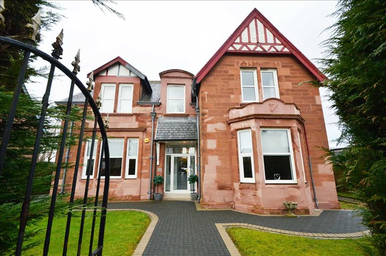 Manse Road, Newmains, ML2 9BL